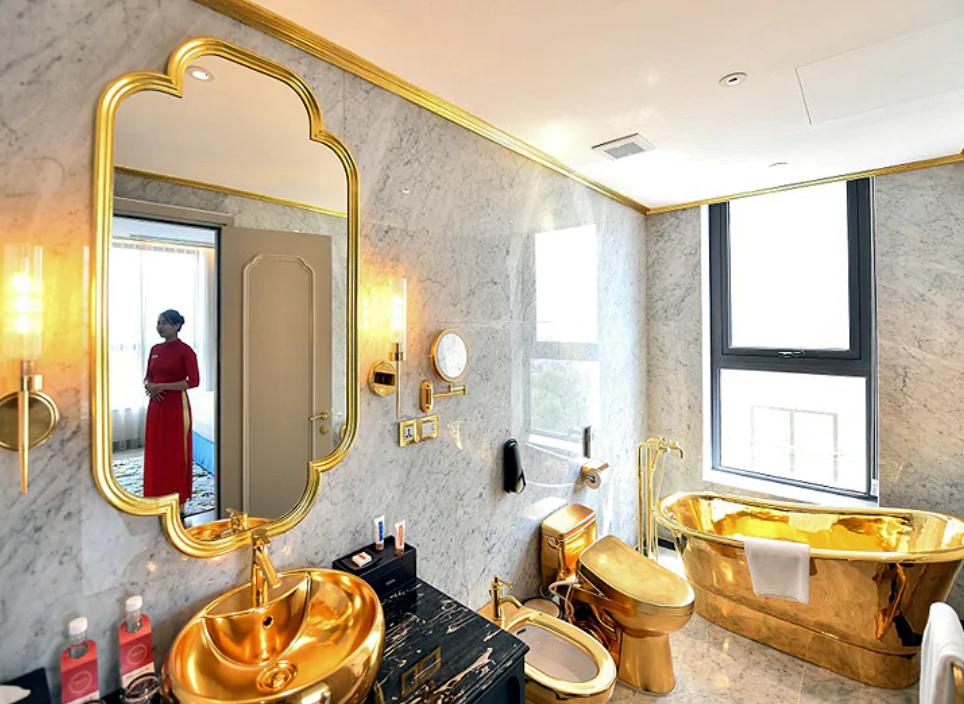 भियतनामको राजधानी हनोईमा विश्वकै पहिलो सुनको होटल
