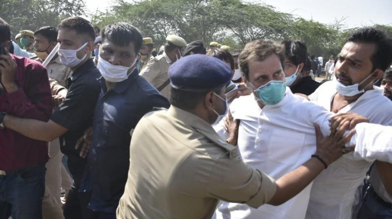 राहुल र प्रियंका गान्धी गिरफ्तार