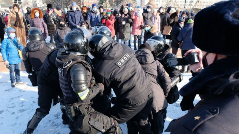 एलेक्सी नभाल्नी: रुसमा विद्रोही नेताको समर्थकको विरोध प्रदर्शनबाट थुप्रै गिरफ्तार