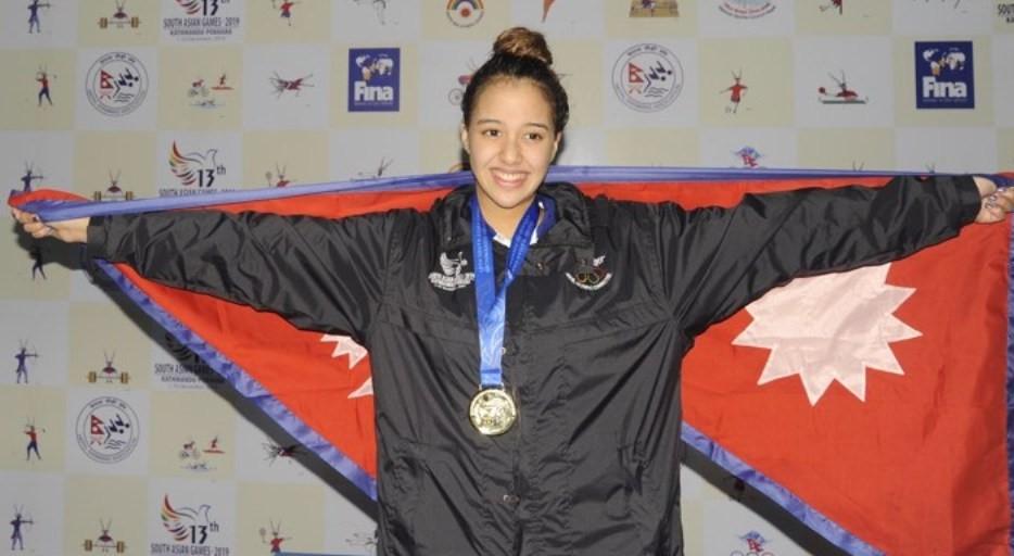 गौरिका सिंह उत्कृष्ट महिला खेलाडीको पल्सर स्पाेर्टस अवार्ड