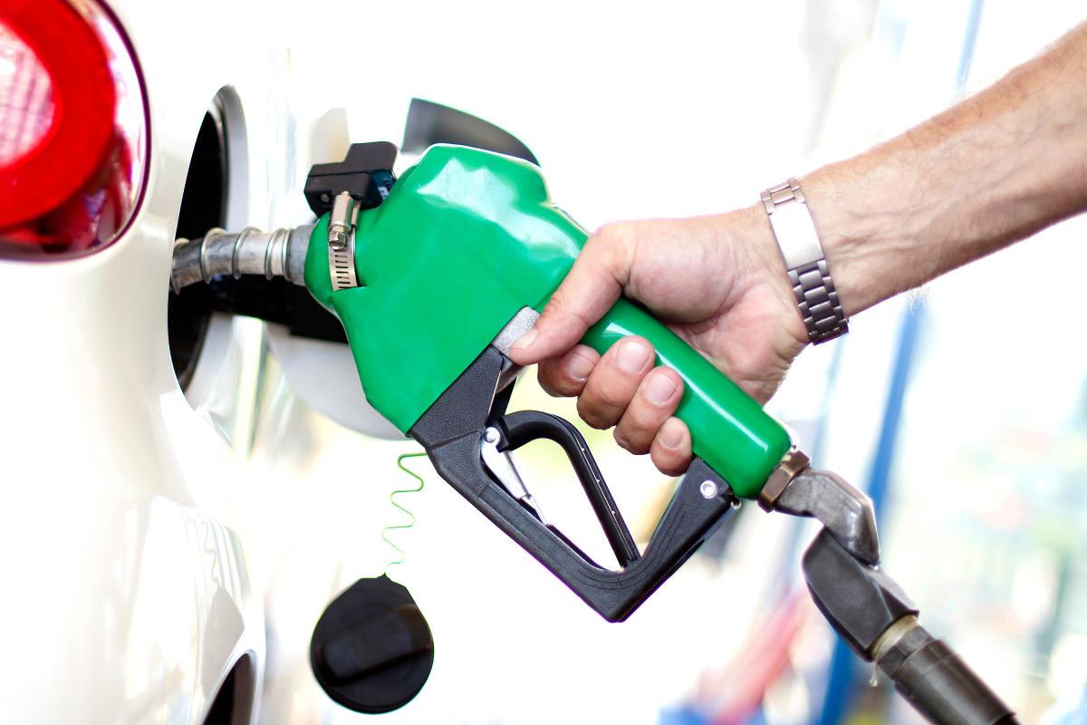 दुई रूपैँयाका दरले बढ्यो पेट्रोल, डिजल र मट्टितेलको मूल्य