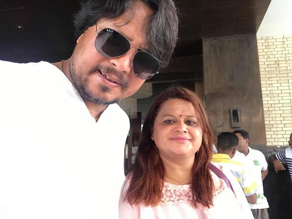 दीपकराज गिरीले ३४ औ वैवाहिक वर्षगाँठमा श्रीमतीको प्रशंसा गर्दै कोरे कबिता