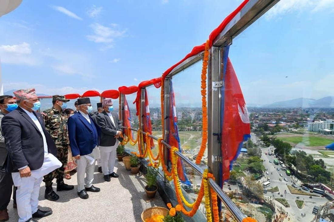 धरहरा चढ्दा आइफल टावर चढेजस्तै अनुभव भयो: प्रधानमन्त्री ओली