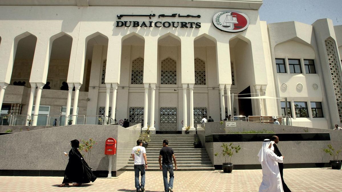दुबईमा एक नेपालीले चक्कु प्रहार गरि श्रीमती मारे: २५ वर्षको जेल सजाय तोकियो