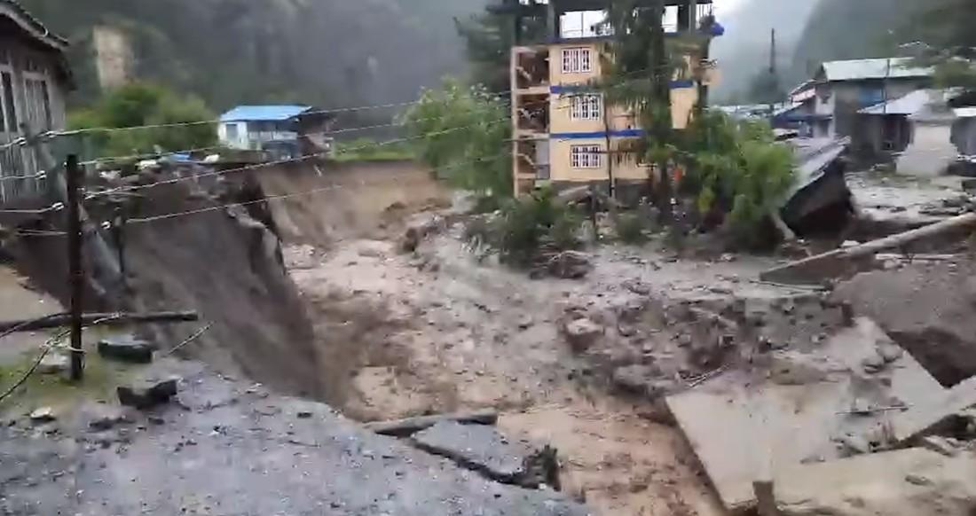 मनाङ: सयौँ घर विस्थापित, कोही कारागारमा, कोही आफन्तको शरणमा